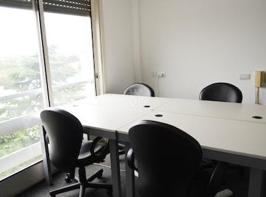 Office Club image 3
