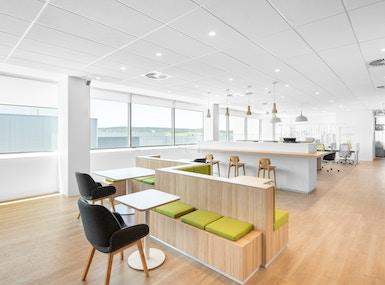 Regus - Canberra, Gateway Business Center image 4