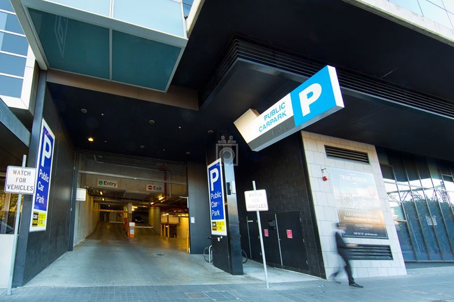 9 Yarra, Melbourne