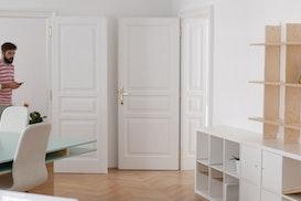 Neue Freunde Studio, Baden