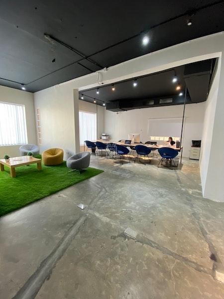 Spire Hub, Manama