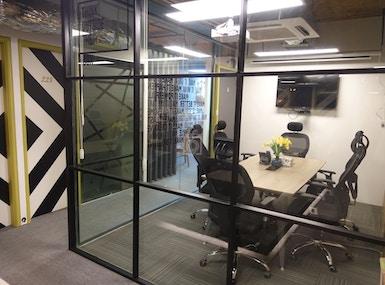 Office Suites image 3