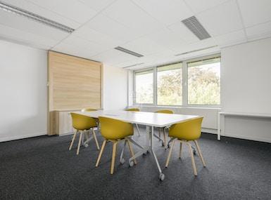 Regus - Waterloo, Office Park image 4