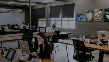Offcina Cafe Coworking image 1