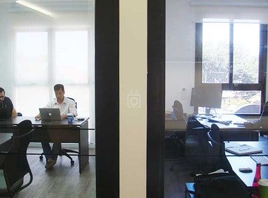 4 You Coworking image 3