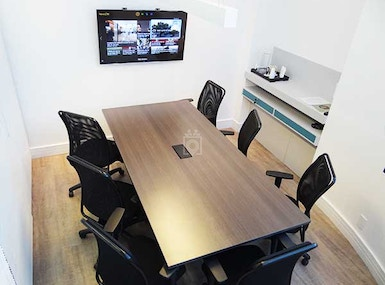 4 You Coworking image 5