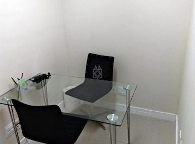 Santos Offices Centro image 5