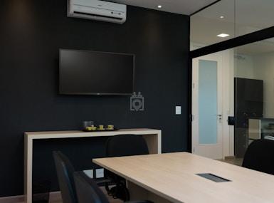 Work Lounge image 3