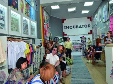 Incubator image 4
