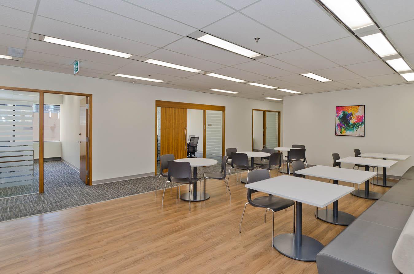 Life Suites YYC, Calgary