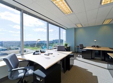 Regus - Ontario, Mississauga - Toronto Airport Corporate Centre image 3