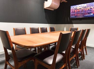 CAFÉ PARVIS & workspace image 5