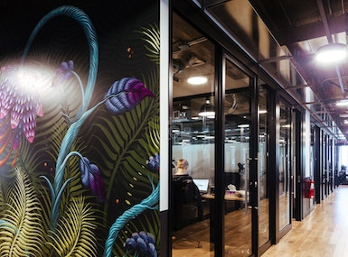 WeWork Place Ville Marie image 4