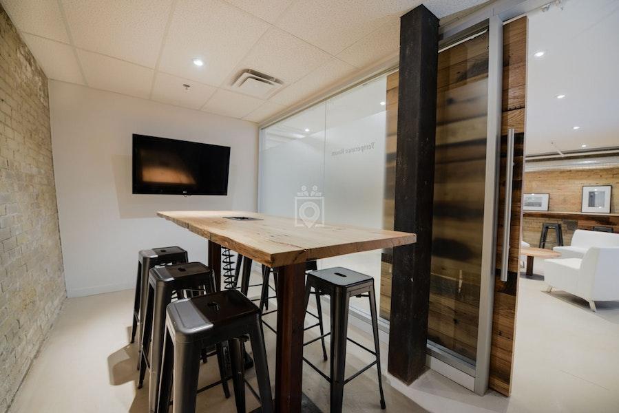 iQ Office Suites, Toronto