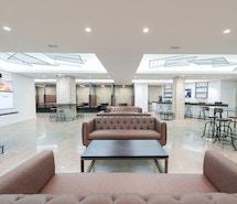 iQ Offices - 250 University Avenue profile image