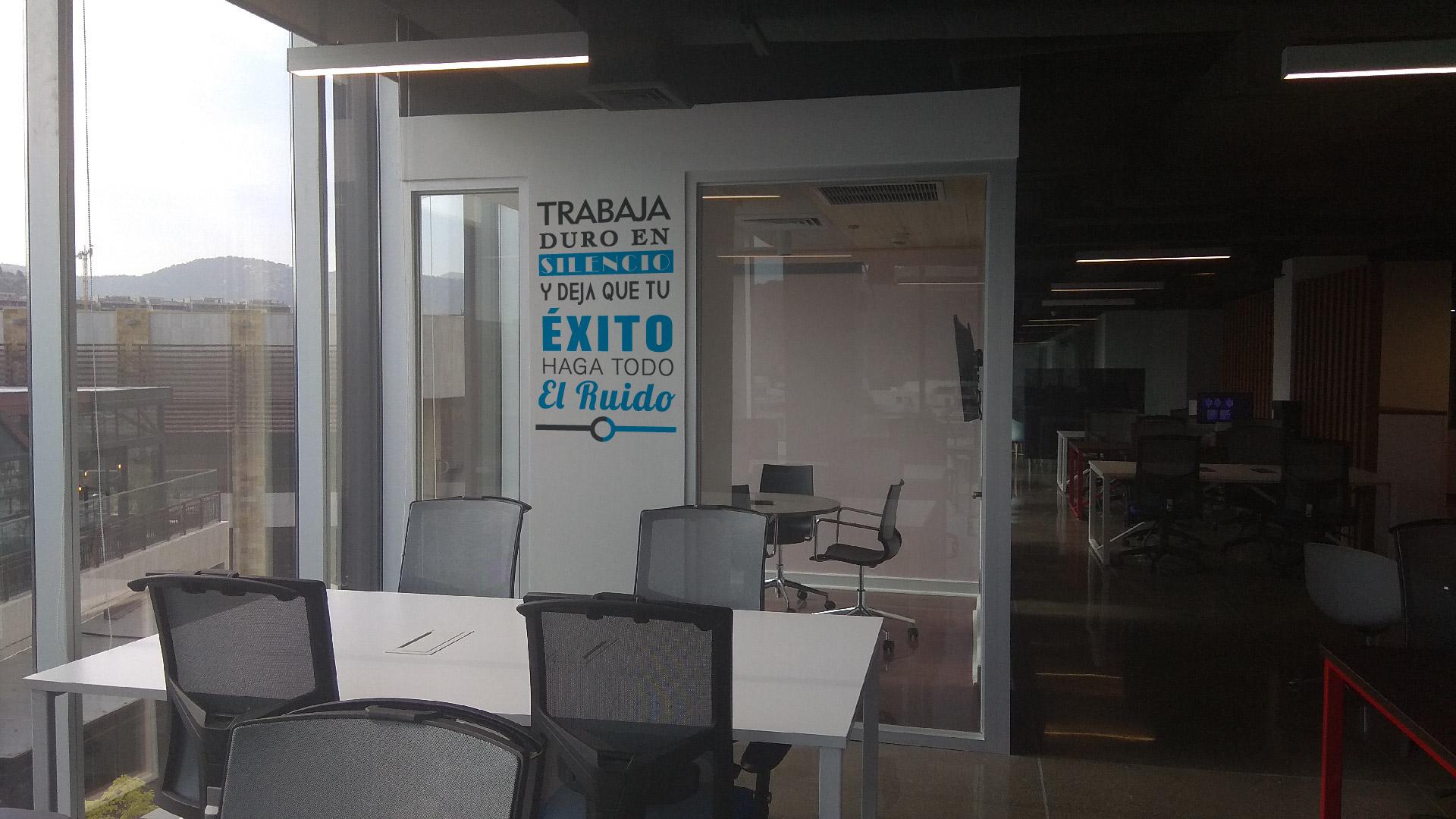 Conetwork, Santiago - Book Online - Coworker