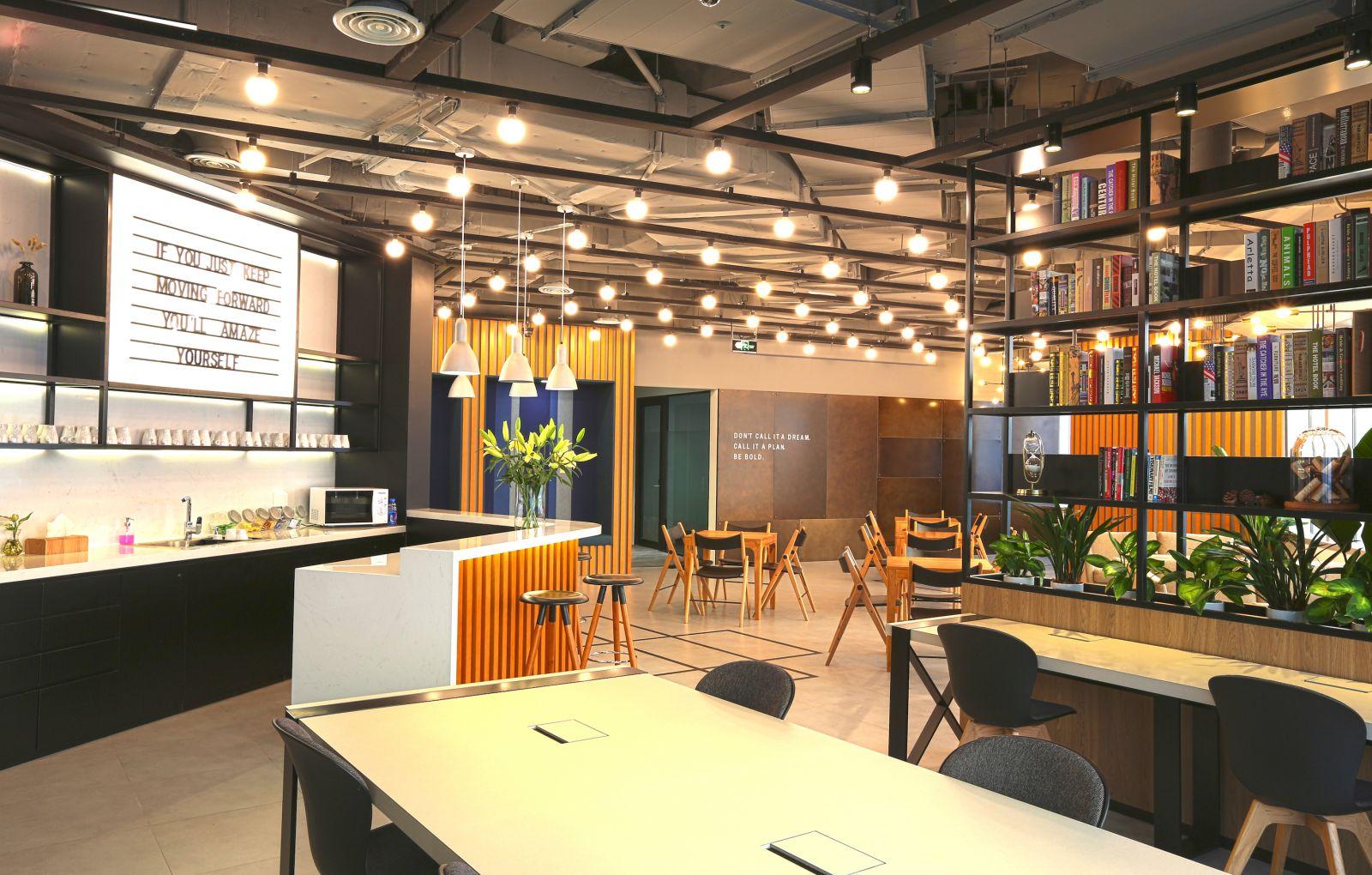 Naked Hub - Hu Nan Lu, Shanghai - Read Reviews Online