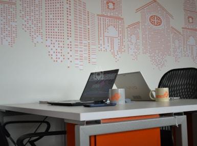 Distrito 72 Coworking & Spaces image 5