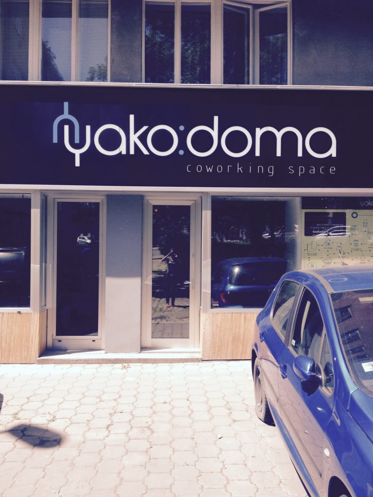 Yako Doma, Prague