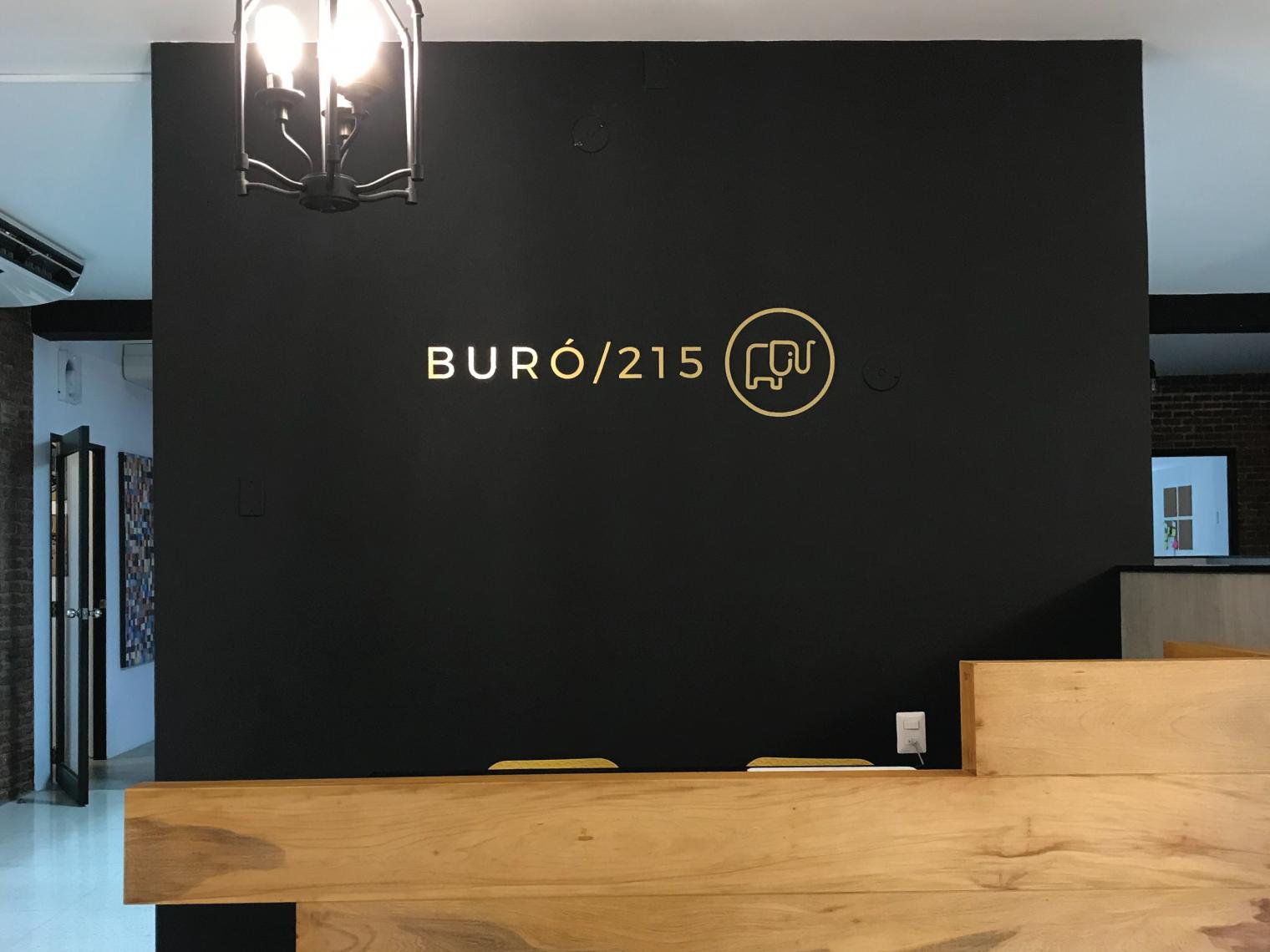 Buro 215, Guayaquil