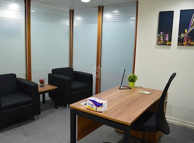 Makanak office space - Syria St. image 5