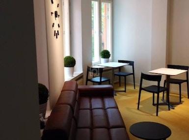 Kenno Lounge image 3