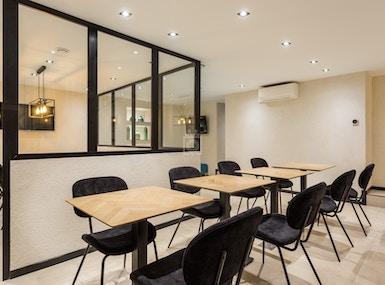 Makom Café Coworking image 4