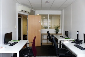 PARIS OFFICE BEAUGRENELLE, Versailles