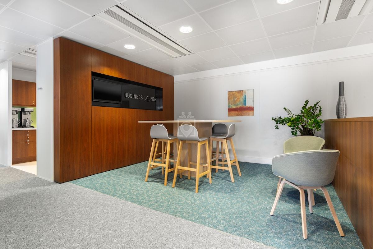 Coworking space on Regus La Défense, Tour Ariane, Paris   Book ...