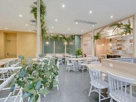 Timees Café & Coworking, Paris