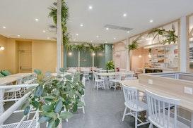 Timees Café & Coworking, Versailles