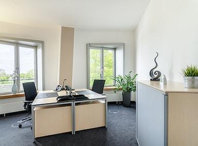 Regus Dusseldorf Neuer Zollhof image 5