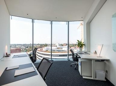 WorkRepublic Düsseldorf MedienHafen image 5