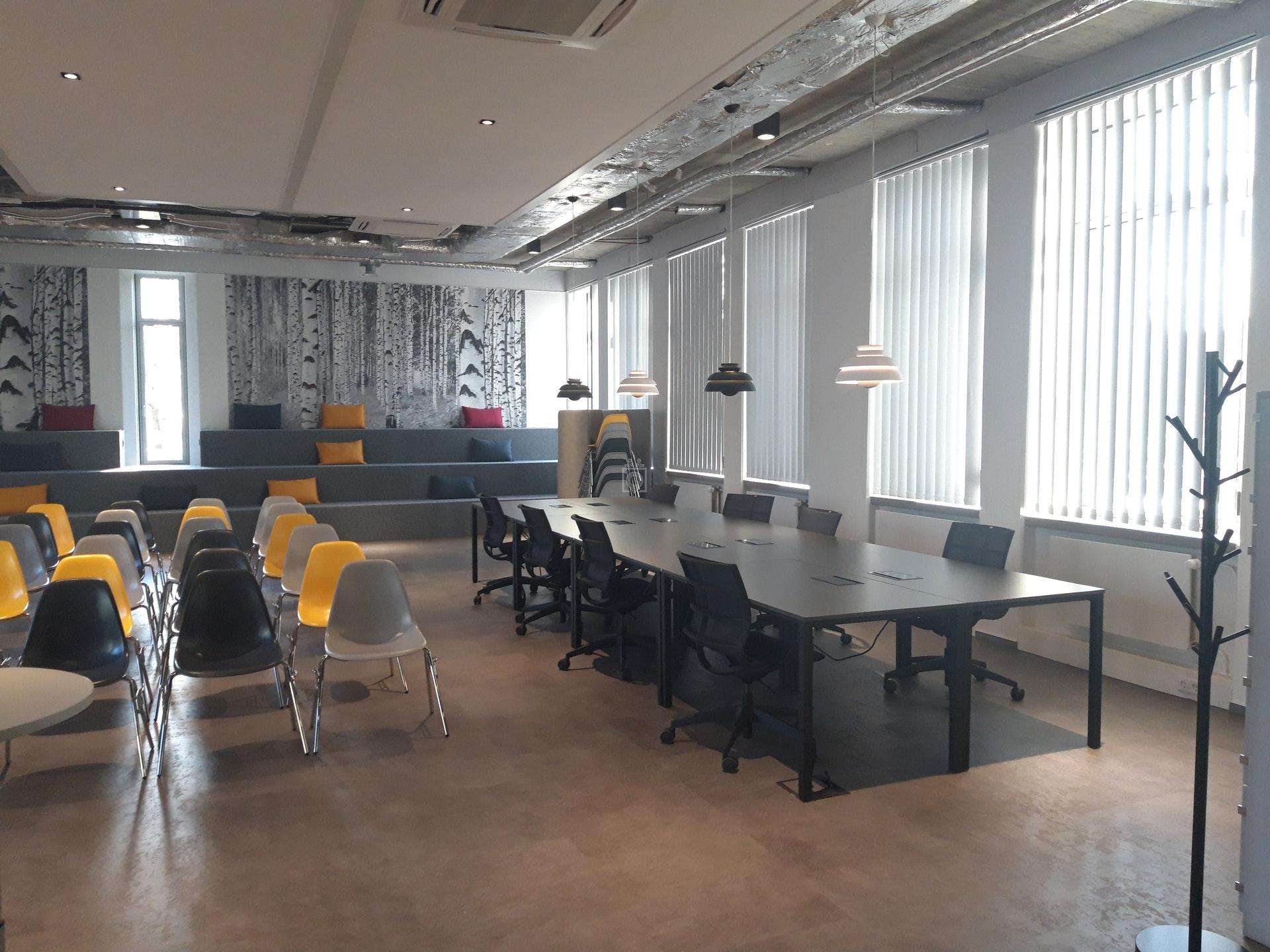 Workspace A81 Essen Book Online Coworker
