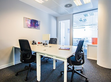 Regus Oldenburg, Stau 125 image 4