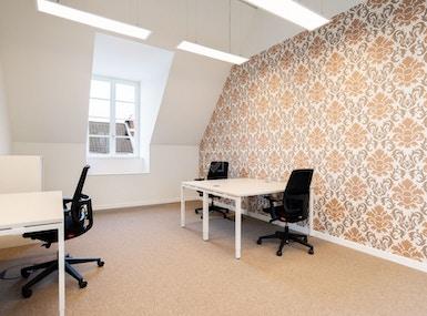 Regus Dusseldorf Andreasquartier Spaces image 4