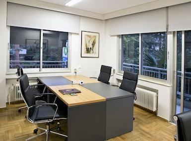 OFFICE CLUB image 4