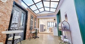 Metro Workspace - Central, Café Le Lourve profile image