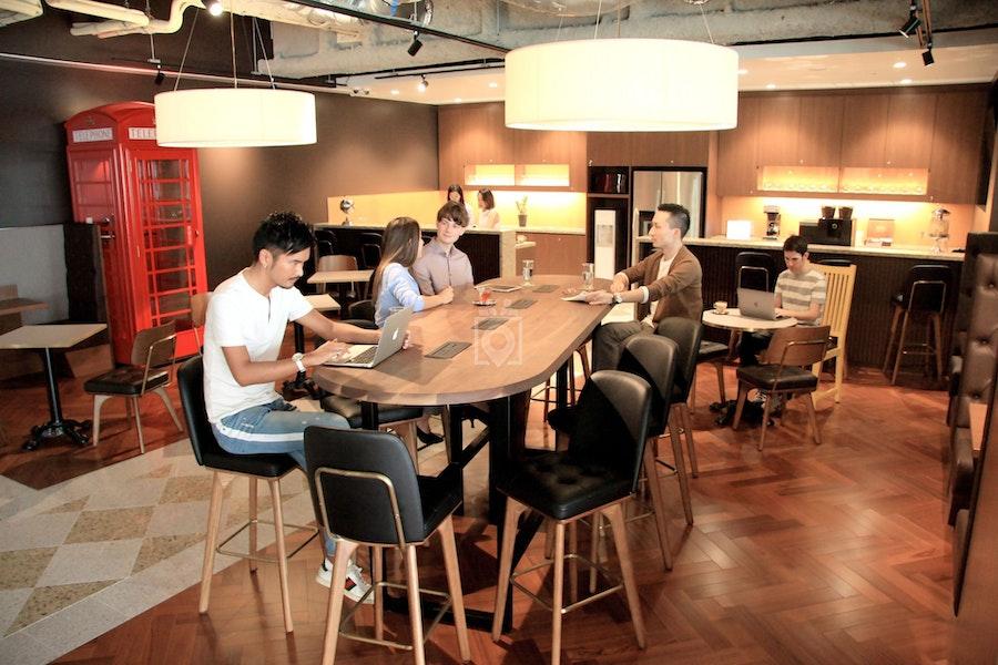 Servcorp at Two International Finance Centre, Hong Kong
