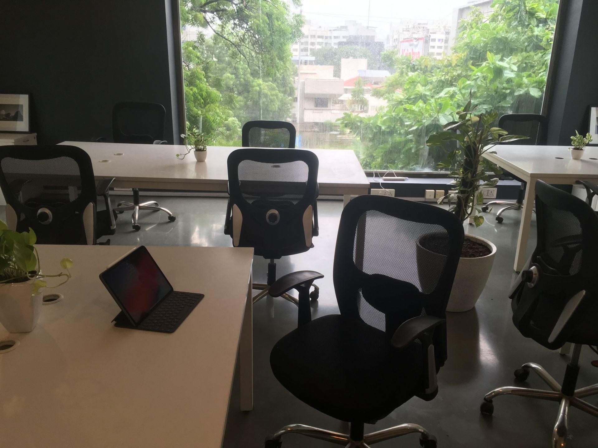 Zenroom, Ahmedabad