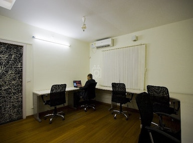Canaans Business Center image 4