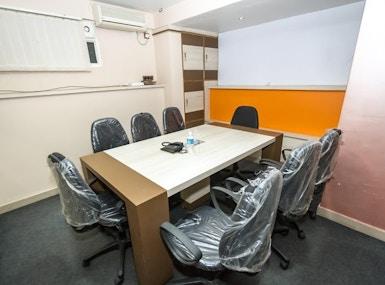 INSTASQUARES Business Center image 5