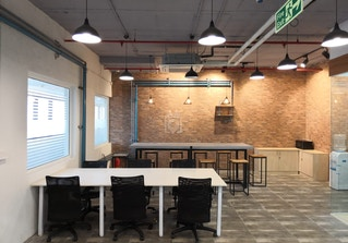 WorkX Coworking Spaces image 2