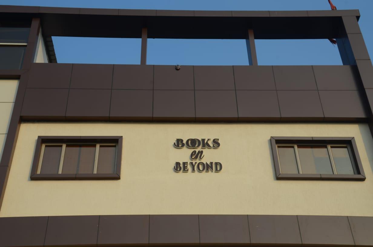Books En Beyond, Faridabad