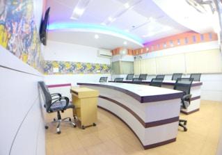 StartUp Cafe image 2