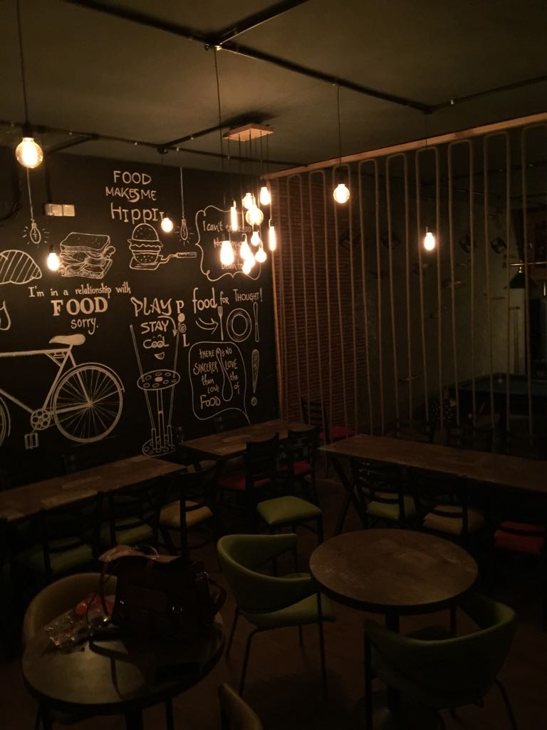 caminos cafe, Gurugram