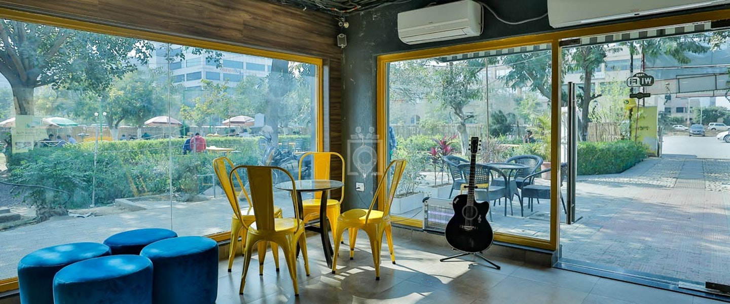 Coworking in Gurugram at Cafe L\'Pause - myHQ, Gurugram - Read ...