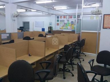 Adroit Workspace image 4