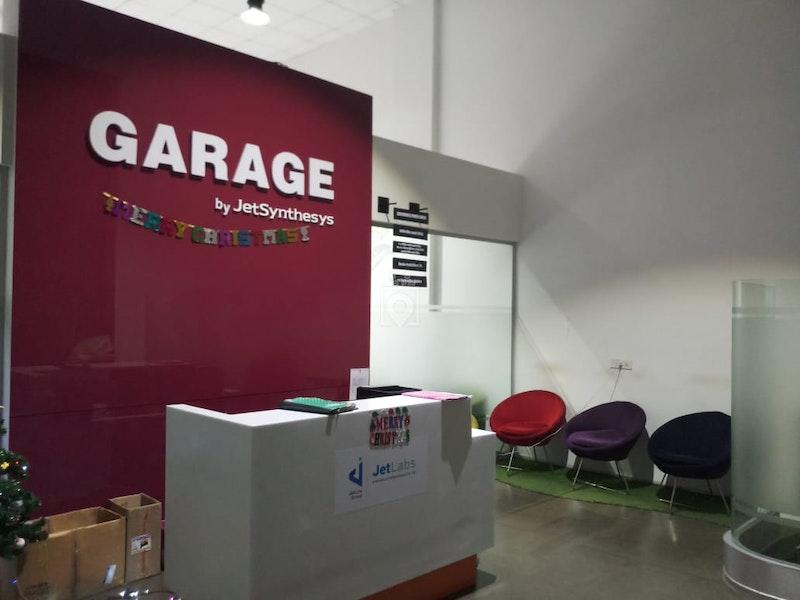 Garage, Mumbai