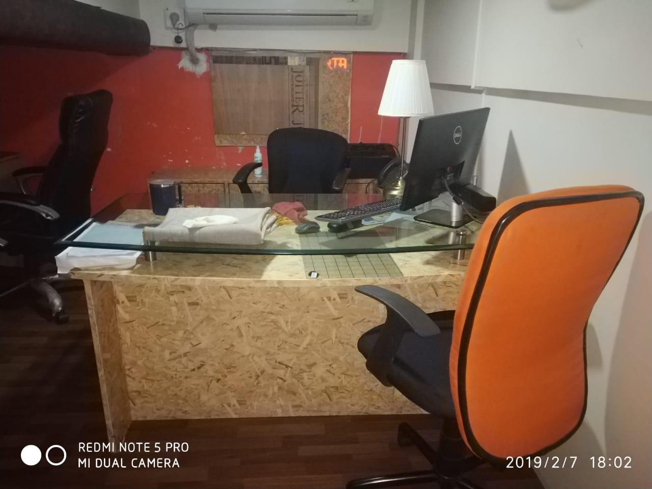 Office Space in Ravikiran Lokhandwala, Next to Monginis Factory, Mumbai